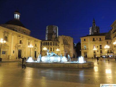 plaza virgen noche
