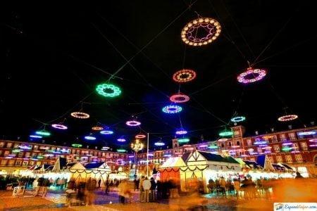 plaza mayor de madrid de noche