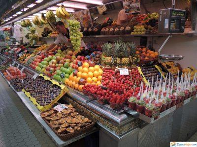 puestos de fruta mercado central de valencia