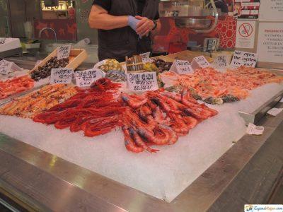 puestos de marisco mercado central de valencia