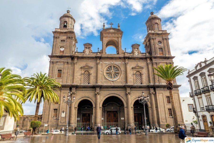 catedral del barrio vegueta en las palmas