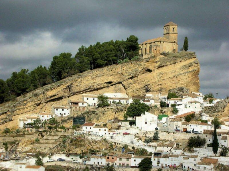 Pueblos más bonitos de Granada-MONTEFRÍO
