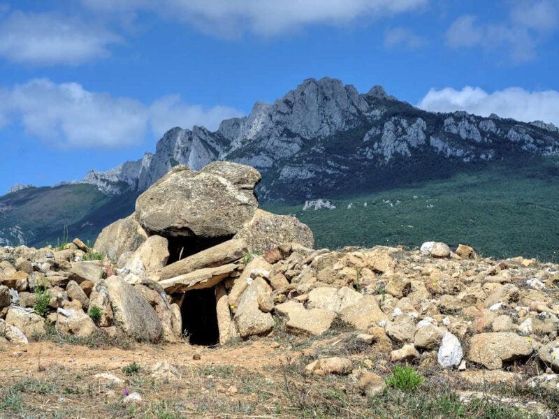 Dolmen del Alto d ela Huesera - LAGUARDIA