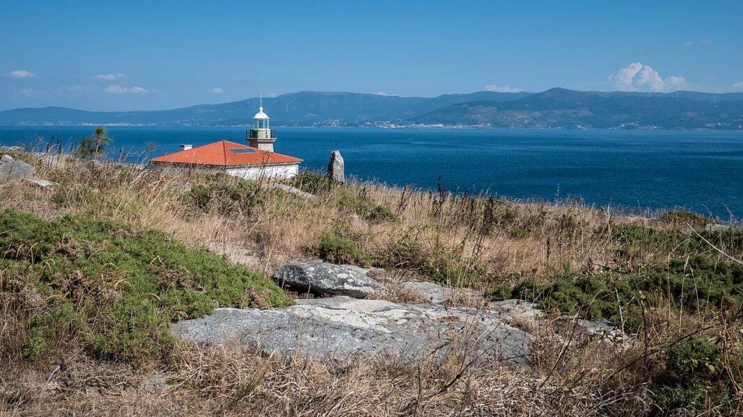 Faro del Monte Louro en Muros A Coruña