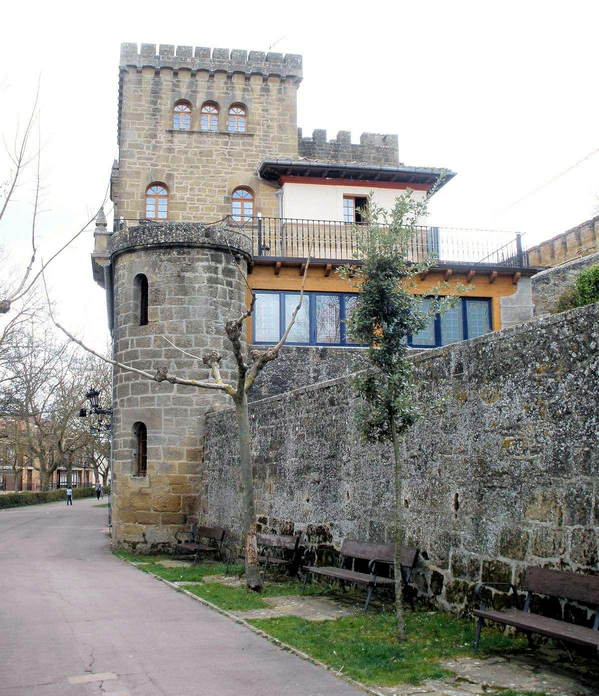 LAGUARDIA- monumentos y edificaciones