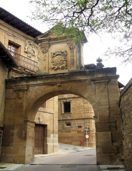 Labastida - Arco de Larrazuria