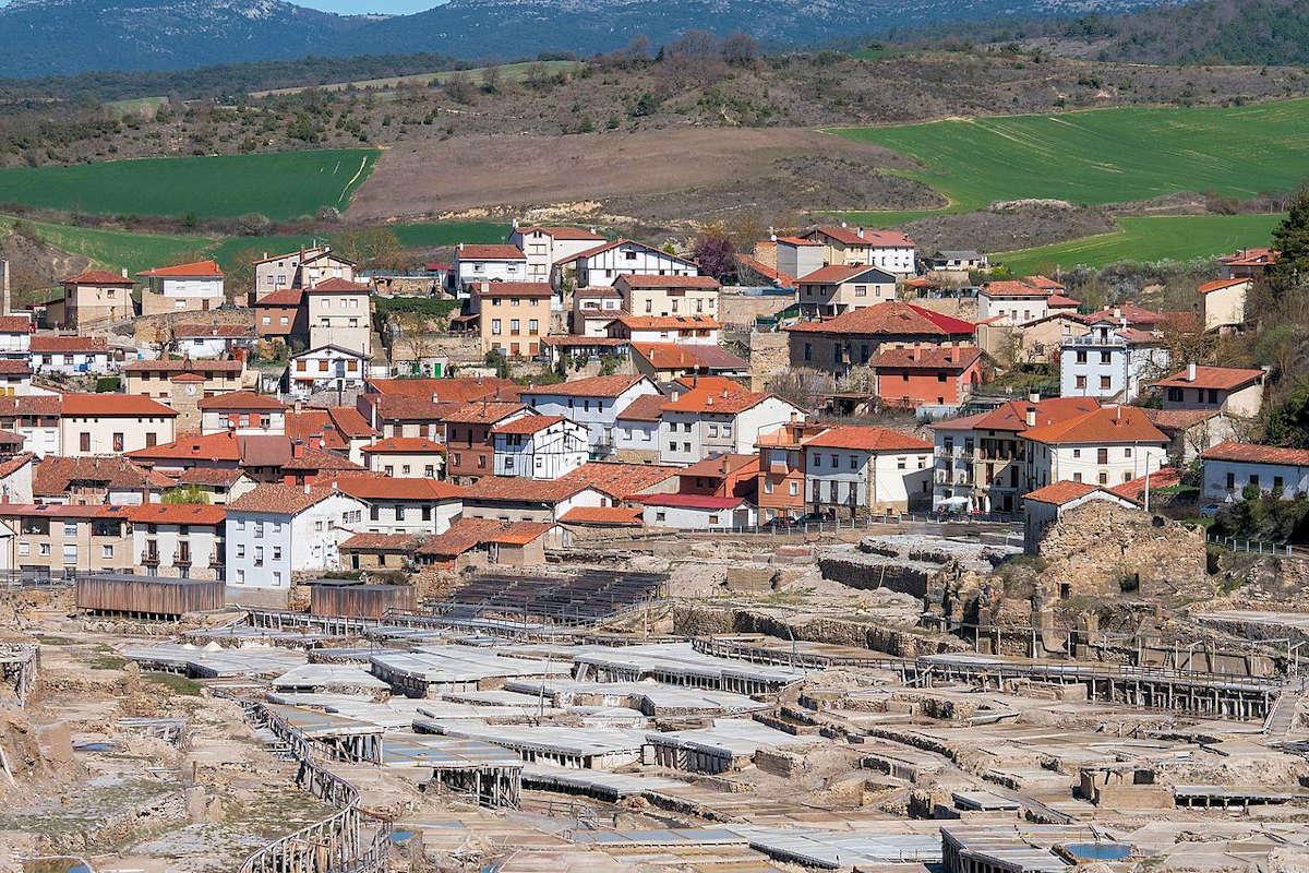 SALINAS DE AÑANA-pueblo de Ávala