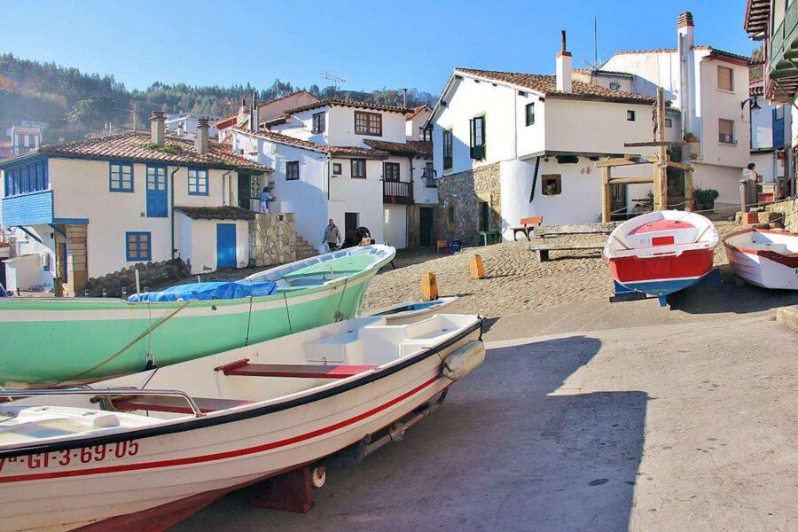 Barrio de San Roque en Tazones