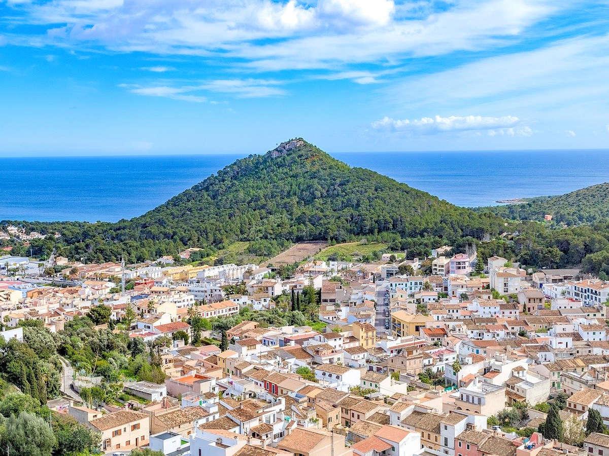 CAPDEPERA-Pueblo de Mallorca