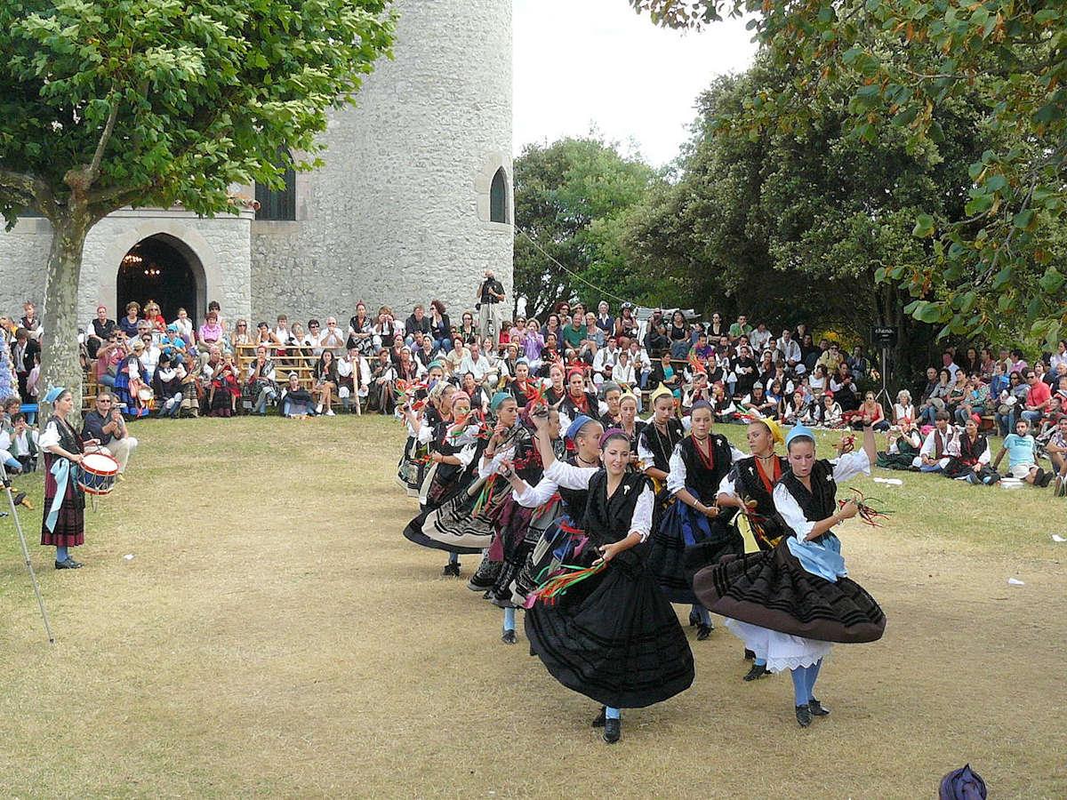 festividades en Llanes