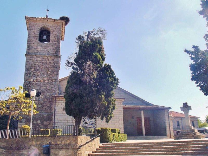 Iglesia en Sotillo de la Adrada