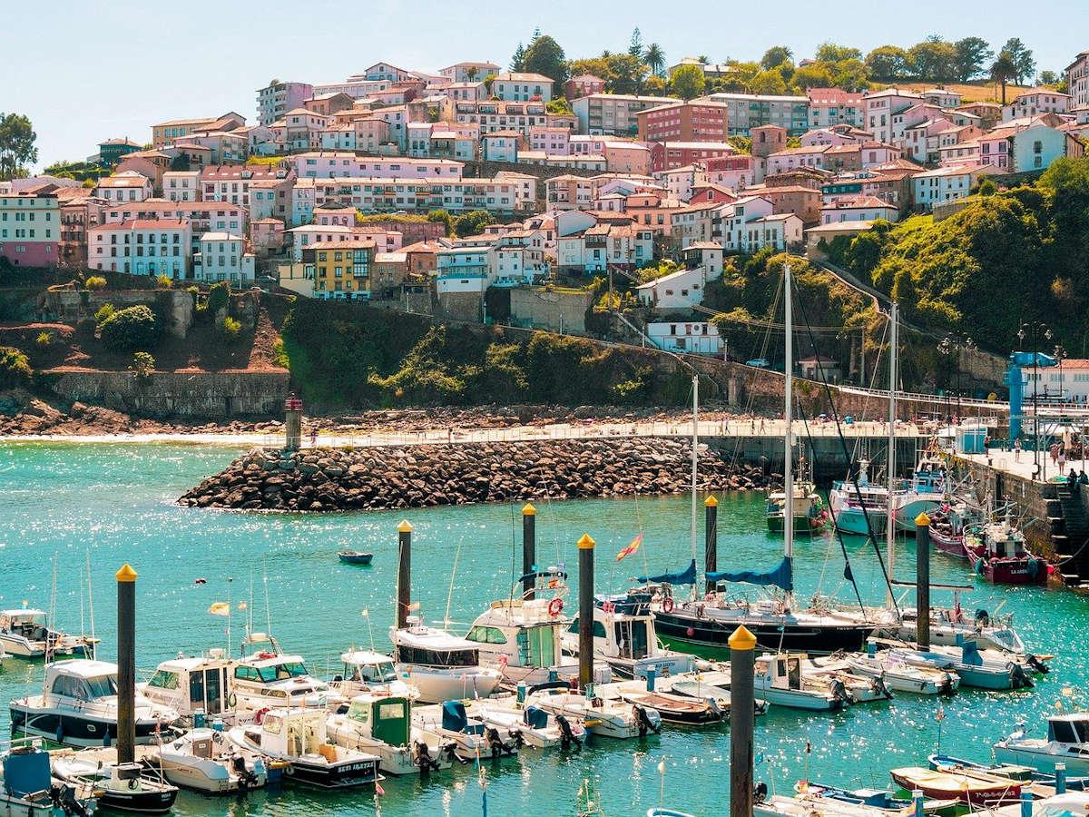 LASTRES-pueblo-de-Asturias