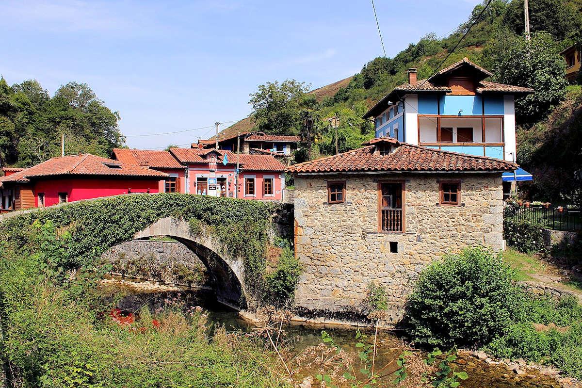 monumentos-de-interés- Cangas-De-Onís