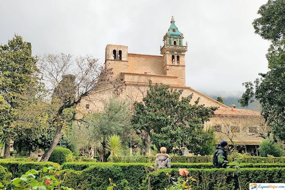 torre-monasterio-real-cartuja-en-valldemossa