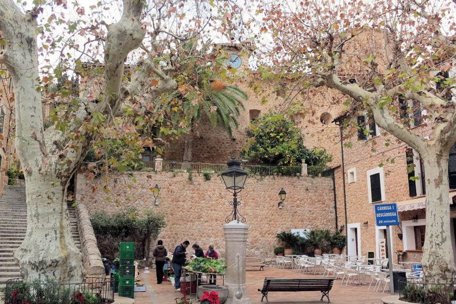 Plaza de España en Fornalutx