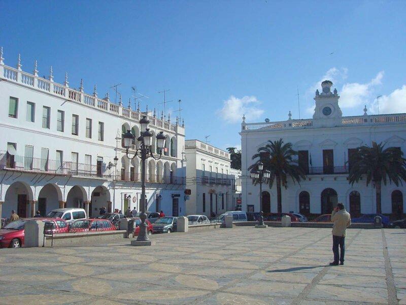 Plaza principal en Llerena