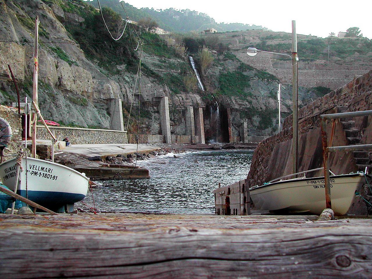 puerto pesquero-en-banyalbufar