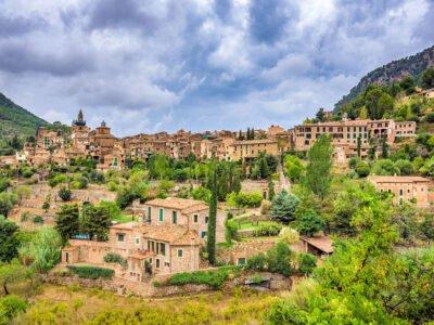 VALLDEMOSSA-Pueblo de Mallorca