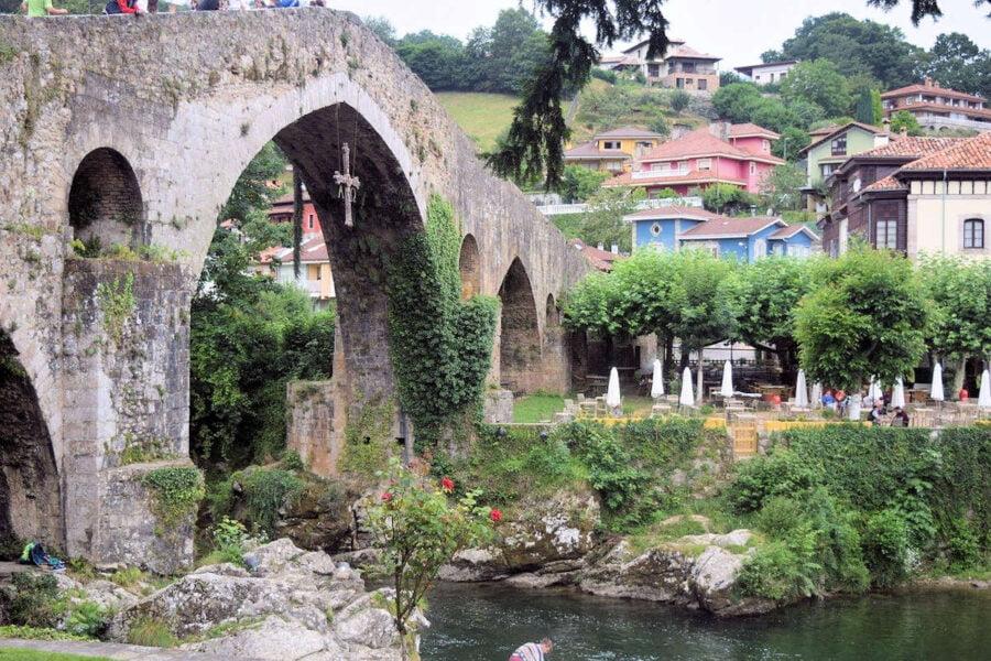 Visitar Cangas de Onís en Asturias