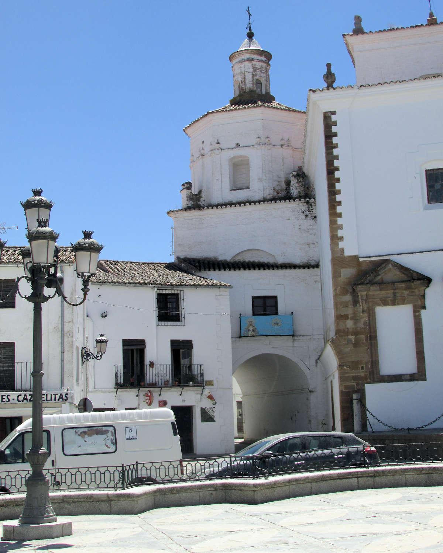 Iglesia_nuestra-senora_granada-Llerena