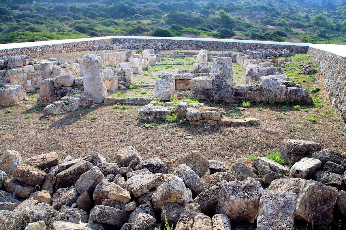Monumentos-en-Alaior-Menorca