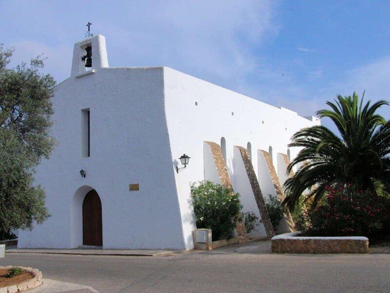 Iglesia en Es Cubells