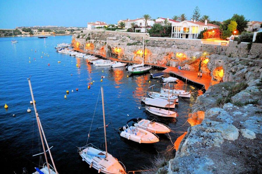 Visitar el Puerto de Es Castell