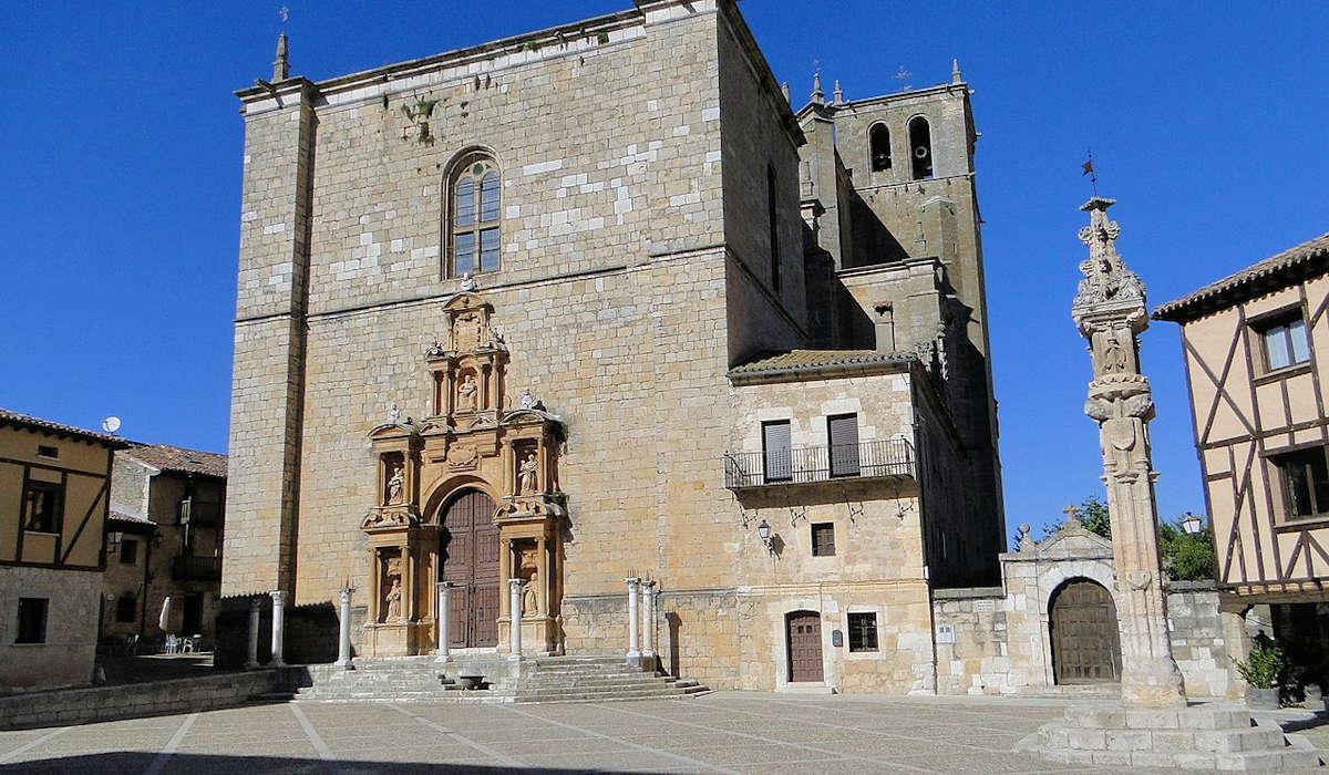 Plaza-Mayor-casco- histórico-peñaranda-de-duero-burgos