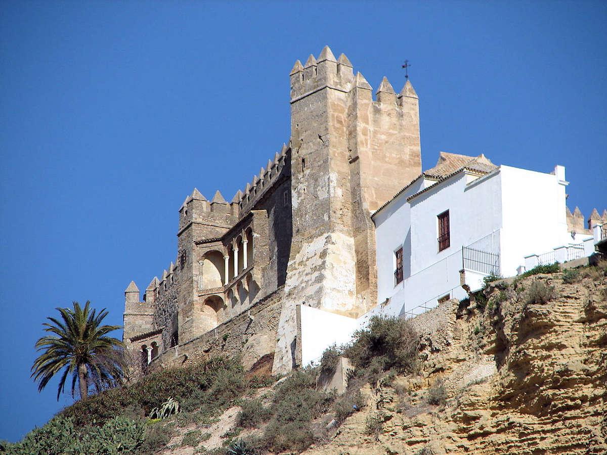 casco-histórico-arcos-de-la-frontera-en-cadiz