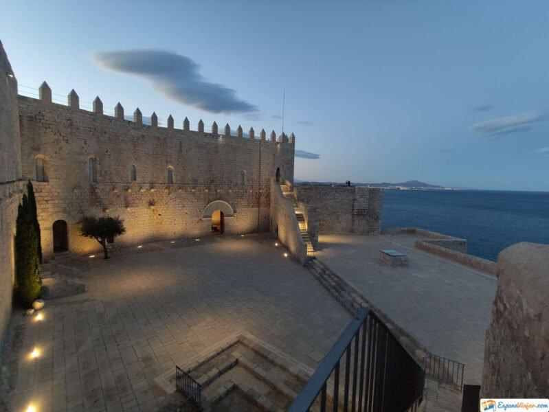 Castillo de Peñíscola de noche