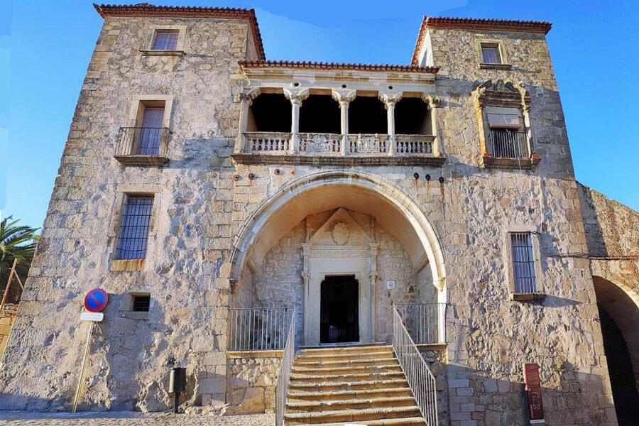 Palacio Juan Pizarro de Orellana