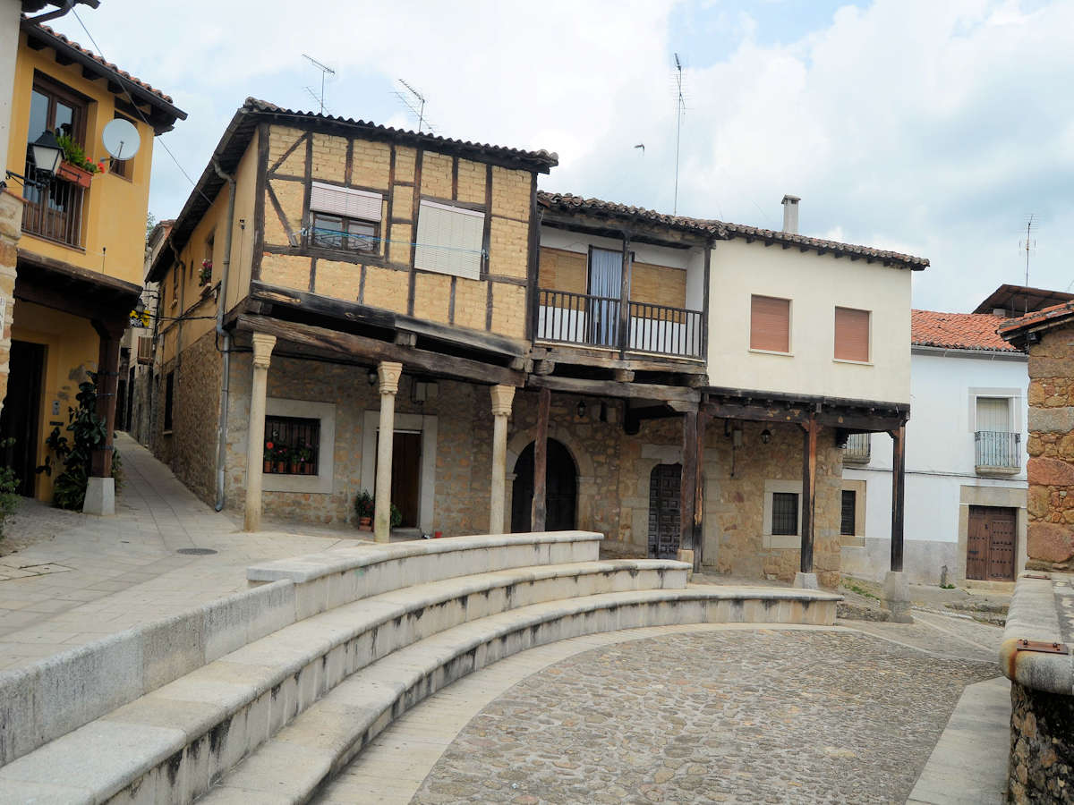 Cáceres-iglesia-parroquial-cuacos de yuste