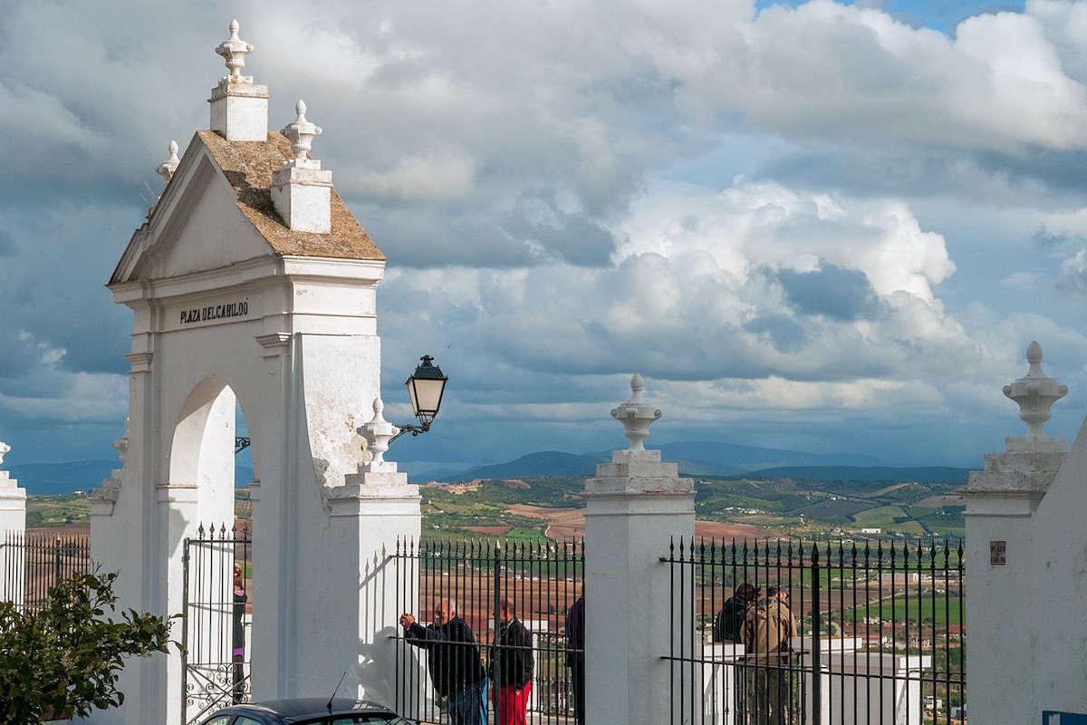 plaza-del-cabildo-en-arcos-de-la frontera