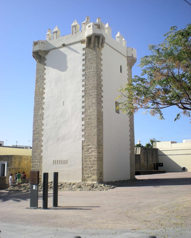 torre-de-guzman-la-puerta-de-cadiz