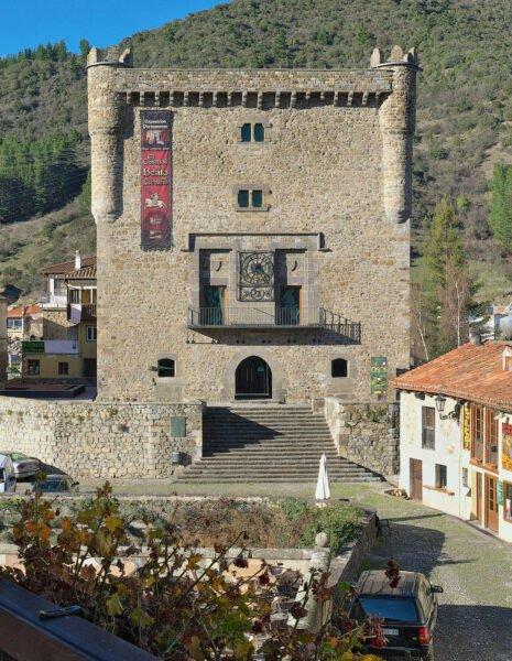 Torre del Infantado en Potes