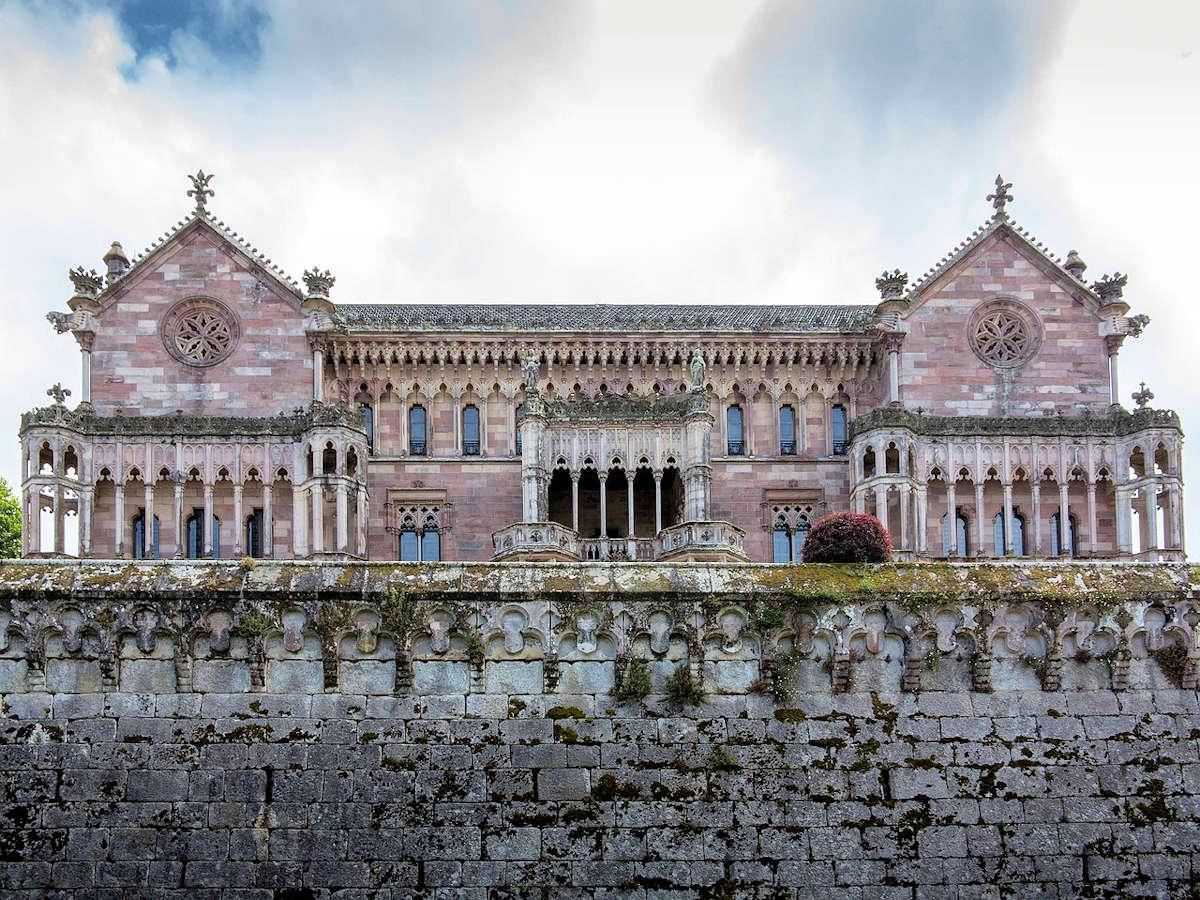 Palacio-de-Sobrellano-Cantabria