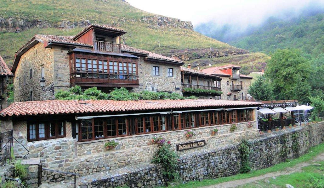 Visitar Bárcena Mayor en Cantabria