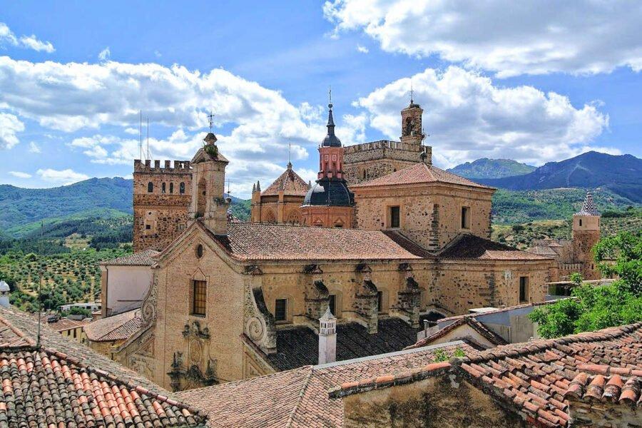 Visitar Guadalupe en Cáceres