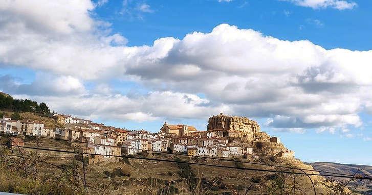 torre-beltrans-poblado-ares-del-maestrat-en-castellon
