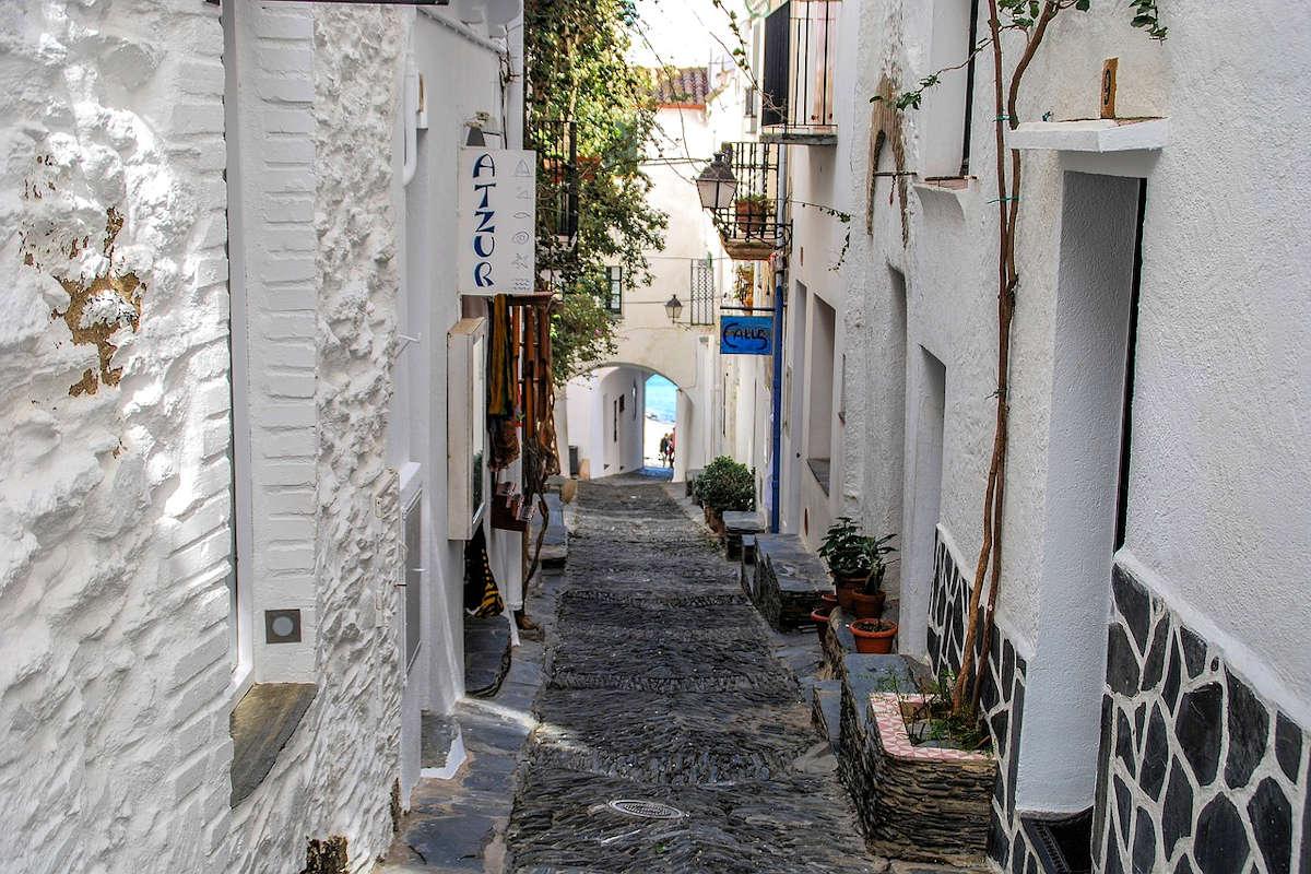 paseo-marítimo-poblado de cadaqués-girona