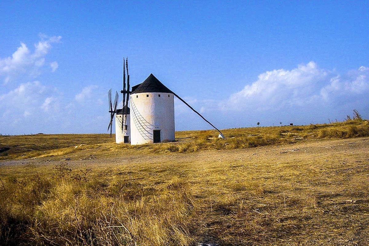 molinos-de-viento-campos-de-criptana-ciudad-real