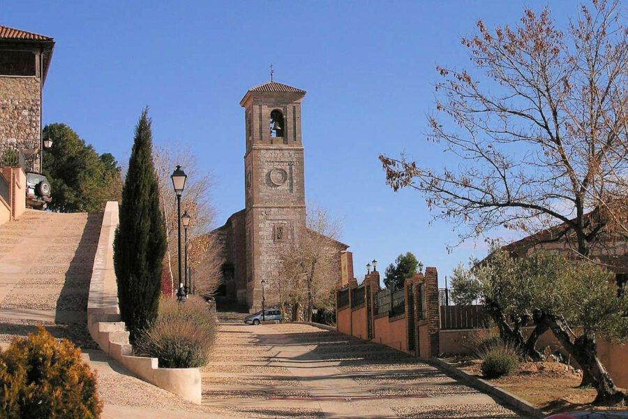 Iglesia de San Juan en Hita