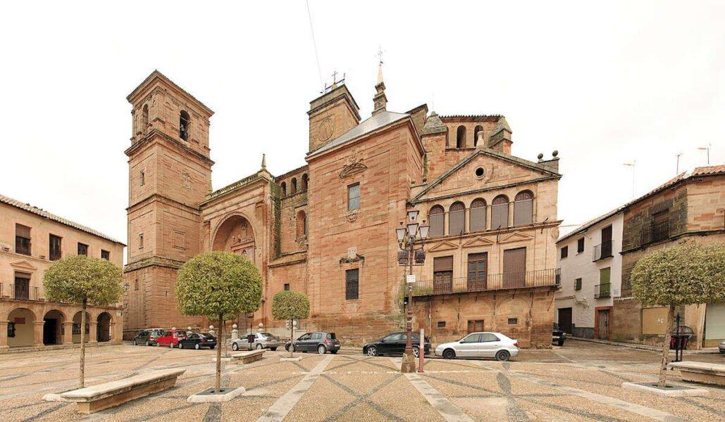 Parroquia de San Andrés en Villanueva de los Infantes