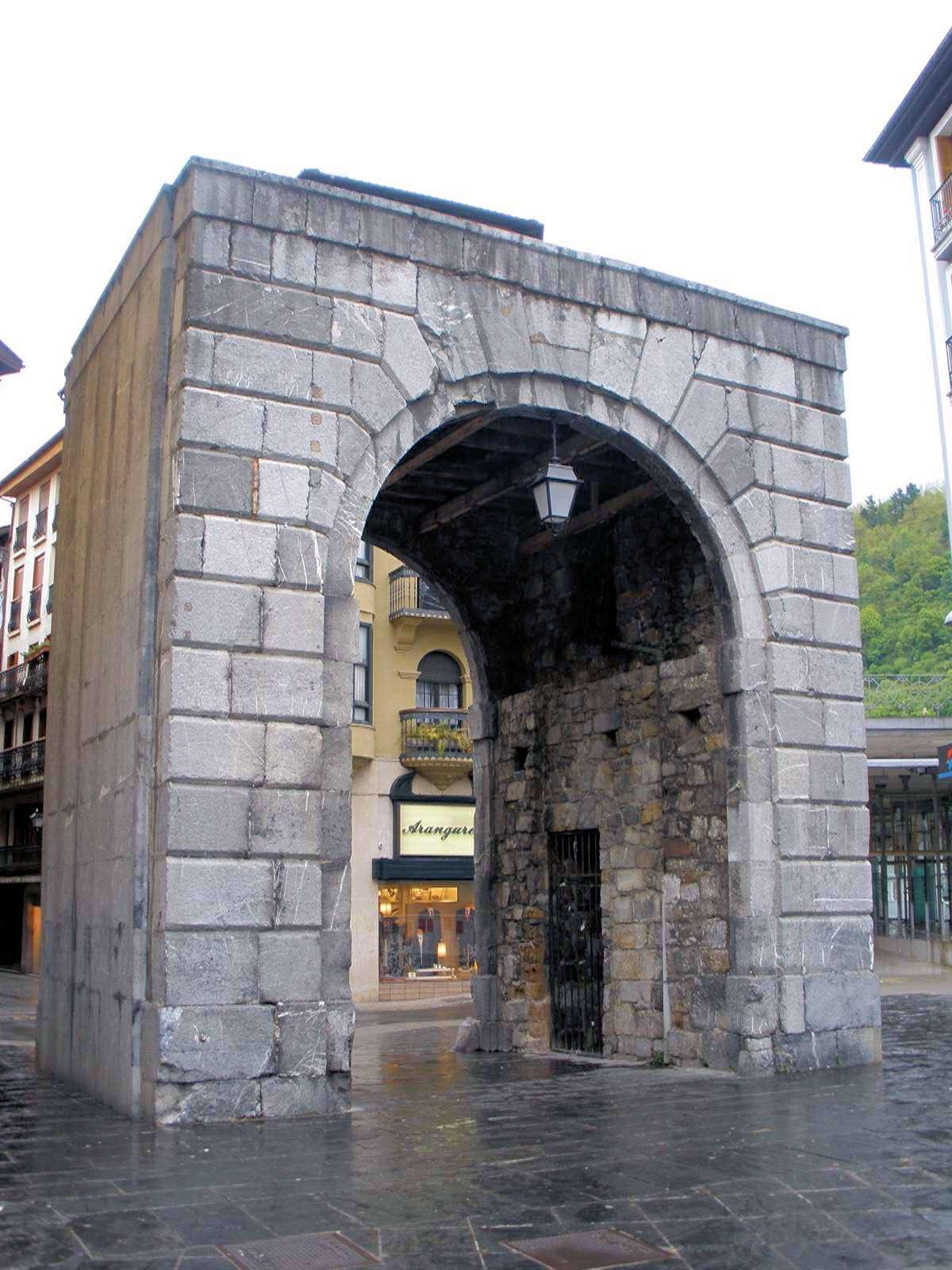 plaza-de-toros-en-tolosa-guipuzcoa