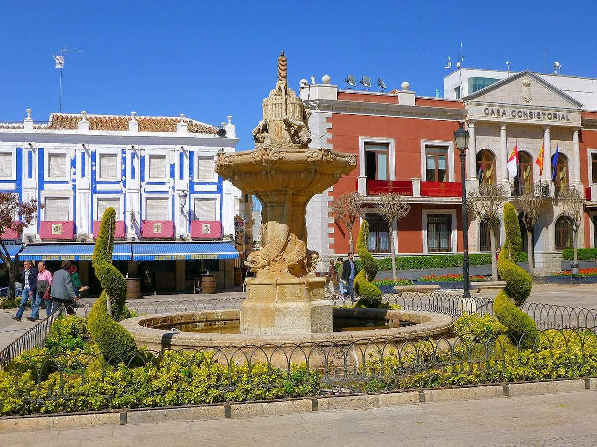 VALDEPEÑAS-Pueblo de Ciudad Real