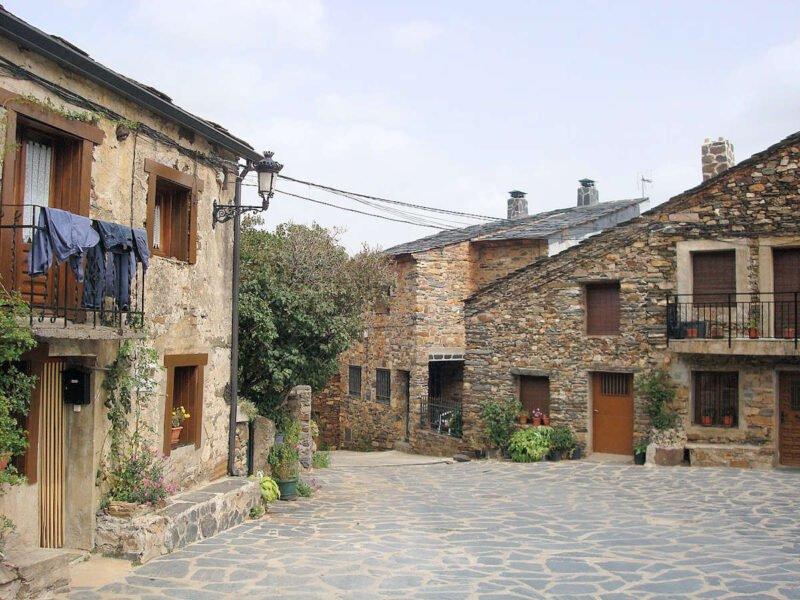 Visitar Valverde de los Arroyos