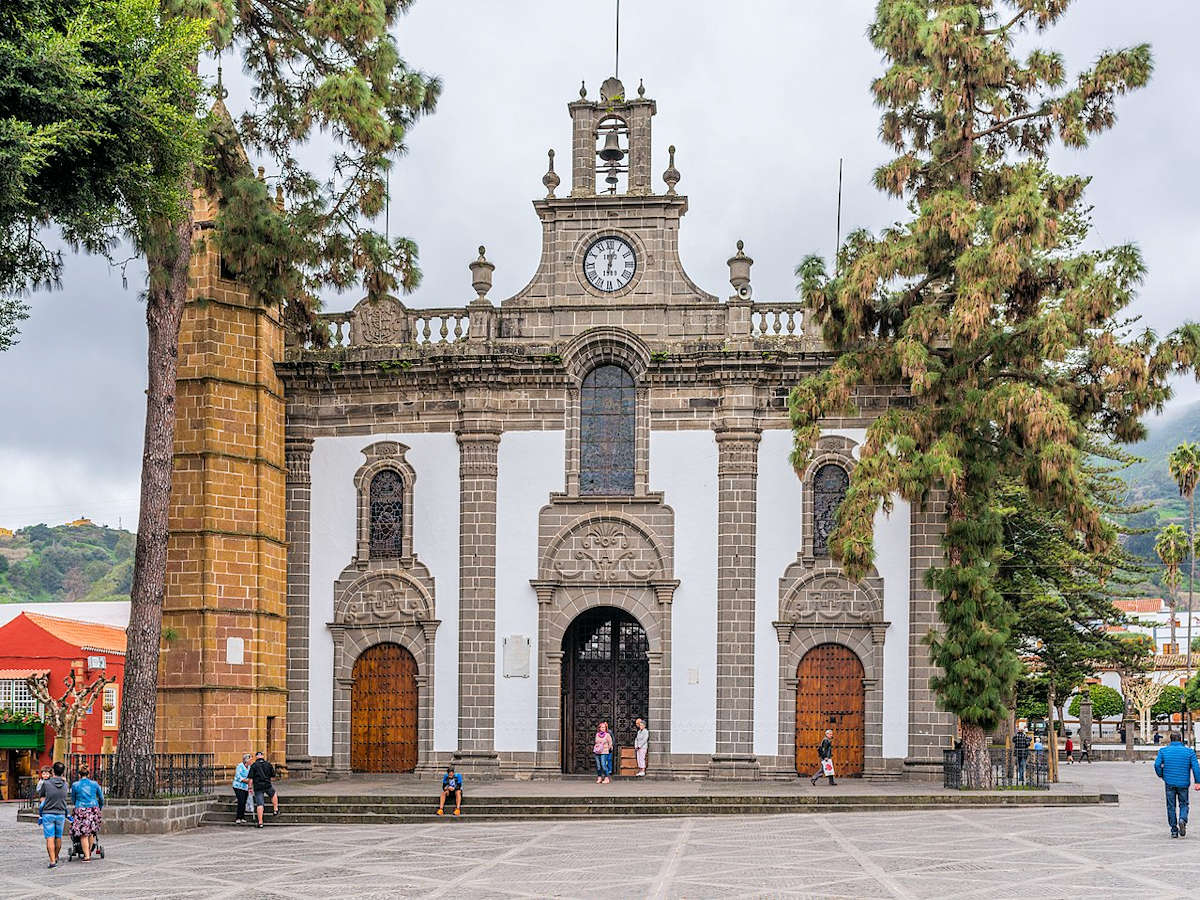Basílica-Nuestra-Señora-del-Pino-Teror-Gran-Canaria