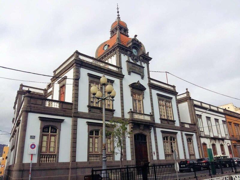 Edificio de la Heredad de aguas de Arucas y Firgas