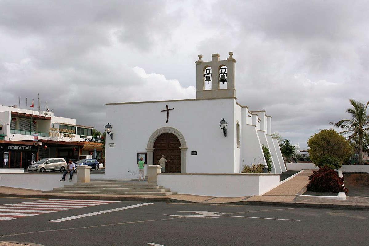 Iglesia-de-San-Marcial-del-Rubicón-Yaiza-Lanzarote