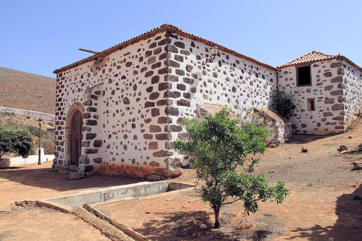 Ermita-de-Nuestra-Señora-de-la-Peña-Betancuria-Fuerteventura